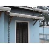 instalação de calha em telhado