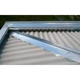 instalação de calhas em telhados